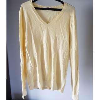 Uniqlo Pastel Yellow V-Neck Sweater