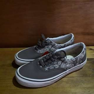 Vans era flower grey