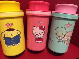 Sanrio official bottles Hello Kitty and friends