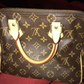 HandBags ( original Louis Vuitton )