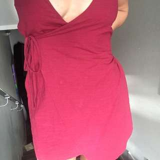 Lovely little maroon wrap around tie dress size 8