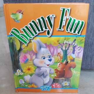 Bunny Fun: Pop-up Fun Hardcover book By Happy Pops