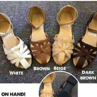 Fashionable Sandals / Shoes