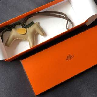 Hermes rodeo pm new with receipt