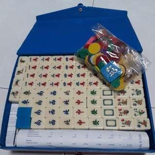 Preloved Mahjong set