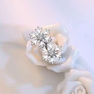 雪花鋯石耳環