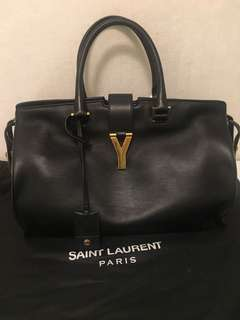 Saint Laurent YSL Black