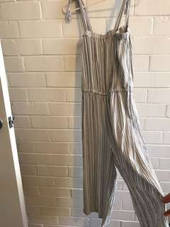 Jumpsuit striped