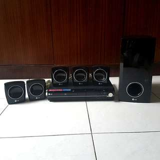 LG HT303SU - 5.1 DVD Home Cinema System