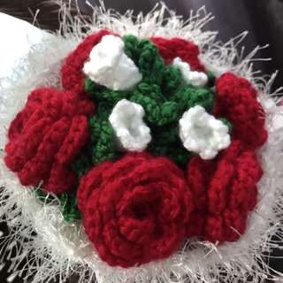 Flower bouquet- 1/2 dozen crochet roses