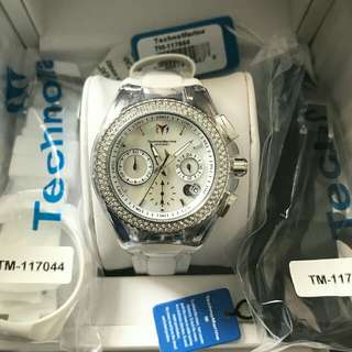 SUPER SALE!  :)Technomarine Diamond Bezel 40mm, 3 straps