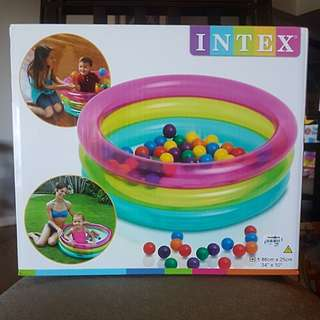 INTEX INFLATABLE 3RING POOL W/ BALLS