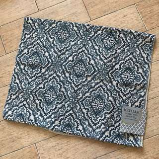 Metallic Collection Accent Rug