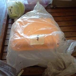 tupperware space saver orange