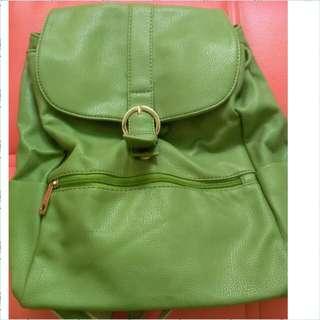 Tas ransel wanita Fladeo warna hijau
