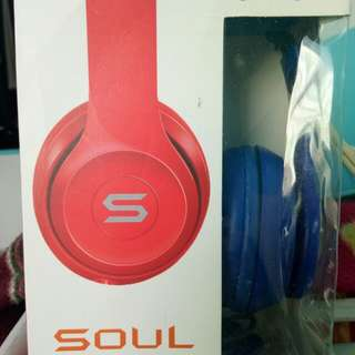 soul blue headphone