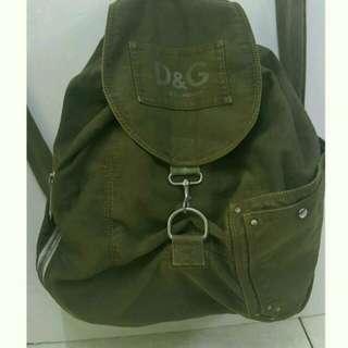 D&G後背包,軍綠色軟帆布透氣舒適48x46x20cm背帶90cm