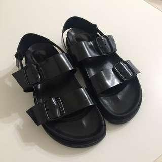 Zara 黑色涼鞋