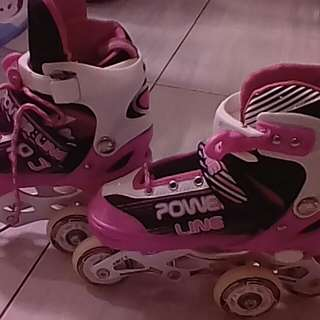 #Makin tebel Sepatu roda