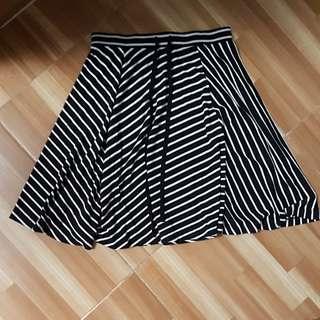Black and White split Skirt