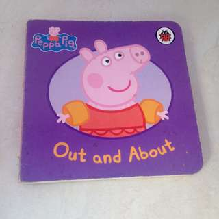 Board book - Peppa Pig - Out and About