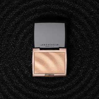 [PROMO] Anastasia Beverly Hills Amrezy Highlighter