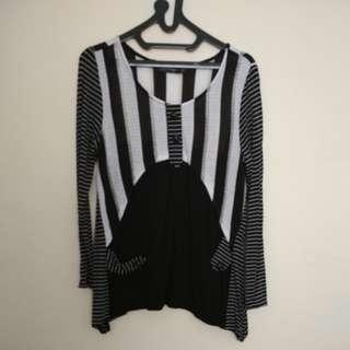 baju garis hitam putih