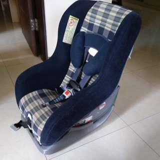 兒童汽車安全座椅