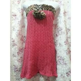 日系精品全針織桃紅豹紋毛球性感連身洋裝