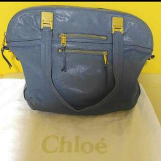 Chloe leather bag 17 x 11 吋。 no damage and no dirt. Have card