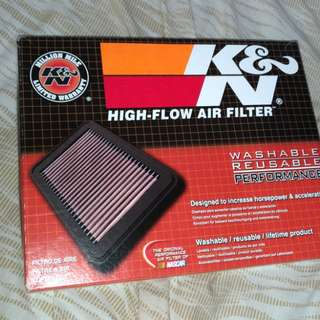 K&N Authentic Drop-in Air filter (33 2422 model) Straight from the US