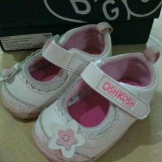 Sepatu Oshkosh