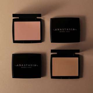 Anastasia Beverly Hills Powder Bronzer