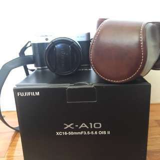 Fujifilm X-A10 with case, 2 straps and card!