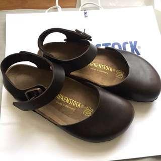 🚚 勃肯鞋Birkenstock 日本限定 過年帶回來的
