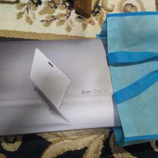 Acer One 10 laptop bnib