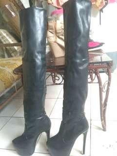 Boots kulit sepaha warna hitam murah banget