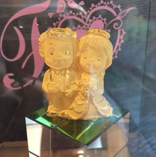 Chow Tai Fook GOLD couple statue