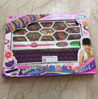 DIY rubber band bracelet maker brand new not opened