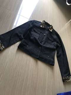 GUESS AUTHENTIC JACKET