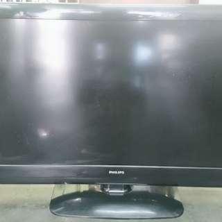 LCD 42 inch.