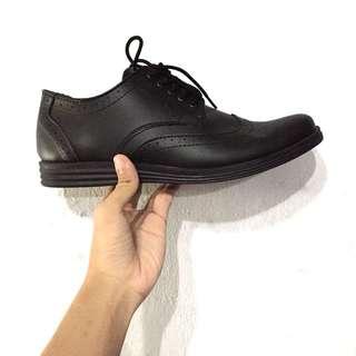 Arfu Formal Wingtip Classic Black