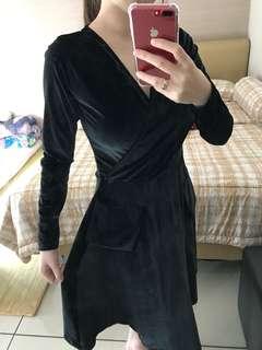 Dress bludru