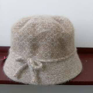 🚚 全新氣質毛料米麥色圓帽帽