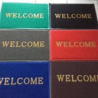 Keset Kaki tulisan Welcome