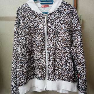 Leopard Printed Sweater (CAN NEGO)