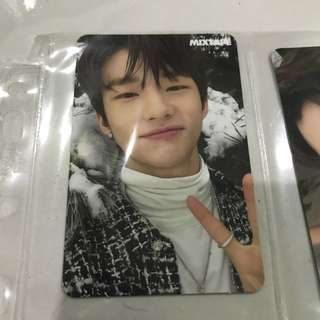 stray kids mixtape - hyunjin selfie ver. pc