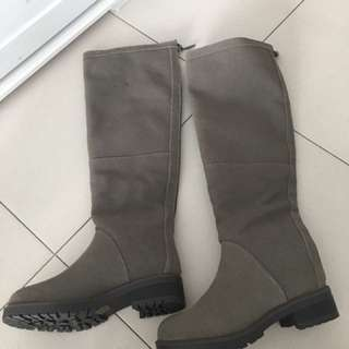 Winter Boots charles & keith