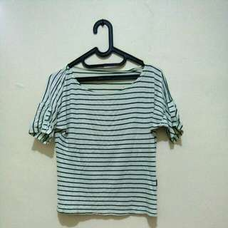 STRIPE TOP (WITH MINOR DEFECT)