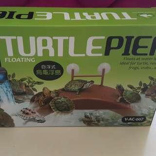 BN Turtle Pier Float
